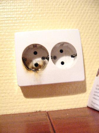 Rygerfjord Hotel and Hostel: Plugs