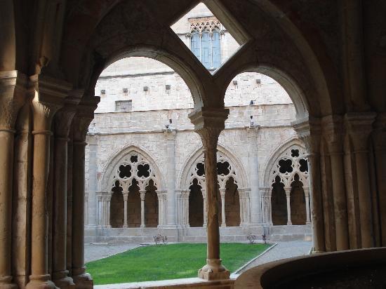 Real Monasterio de Santa María de Poblet: monasterio de poblet
