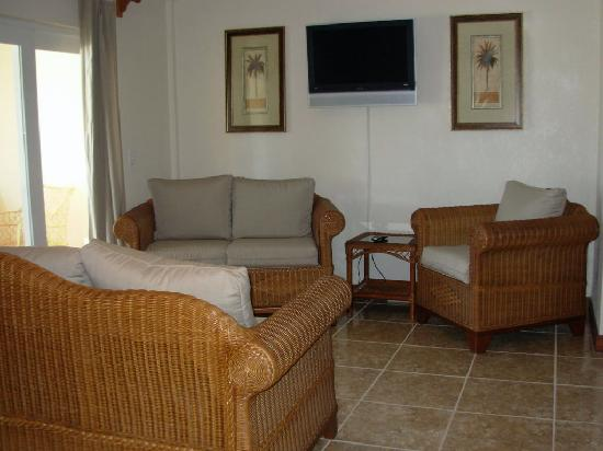 Miramar Villas: living room