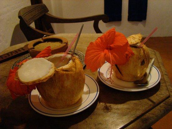 Kijani Hotel: welcoming drinks