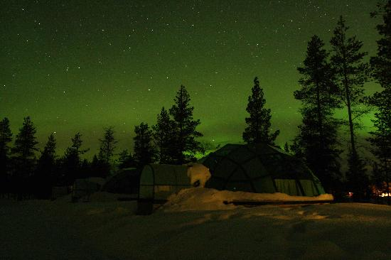 Kakslauttanen Arctic Resort: More Aurora with the glass igloos