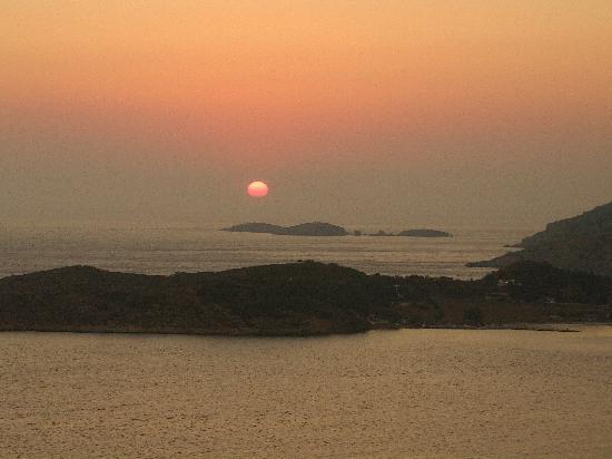 Kalydna Island Hotel: coucher de soleil sur Telendos