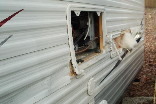 Etowah River Campground: Camper Damage 1
