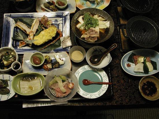 Notoya Ryokan: 魚が苦手な妻用に準備してくれました