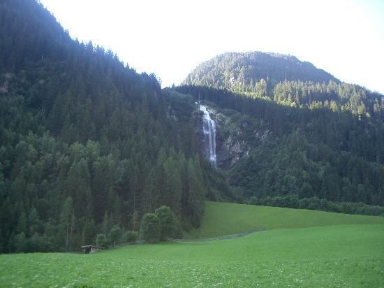 Gasteigerhof: Vistas desde la entrada al Hotel.