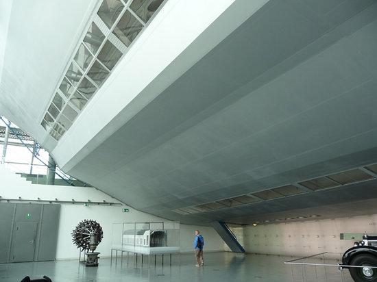 Zeppelin Museum : Zeppelin from outside
