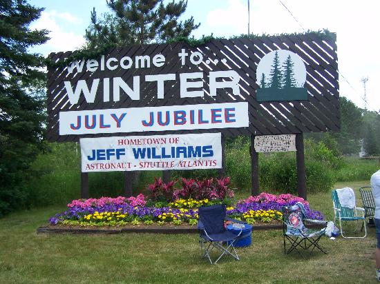 Welcome to Winter-Jeff Williams Astronaut home town