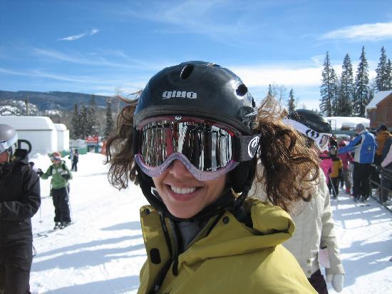 SheRide Snowboard Camp for Women: Camper Bilge