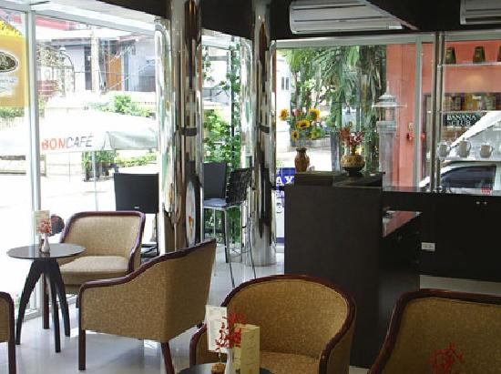 Suncity Hotel: Lobby