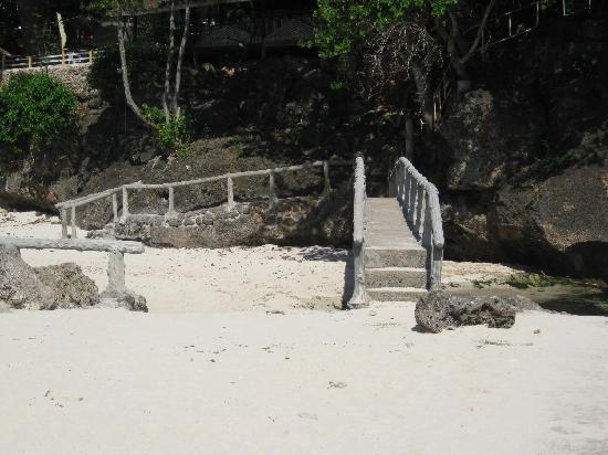 Midway White Beach Resort: レスト・プレースまでの渡し