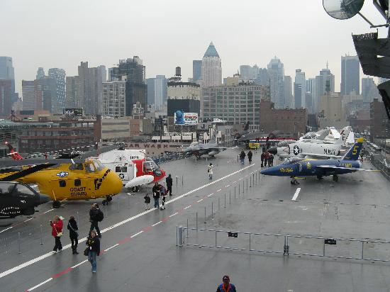 Intrepid Sea, Air & Space Museum : Les avions