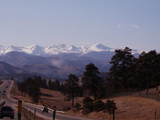 Best Western Plus Gateway Inn & Suites: View of Mountains