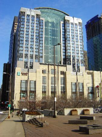 Embassy suites chicago downtown lakefront picture of for All hotels downtown chicago