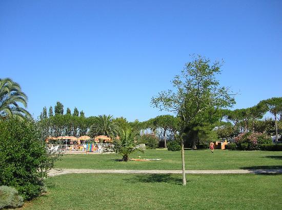 Riotorto, Italia: Parc et piscine