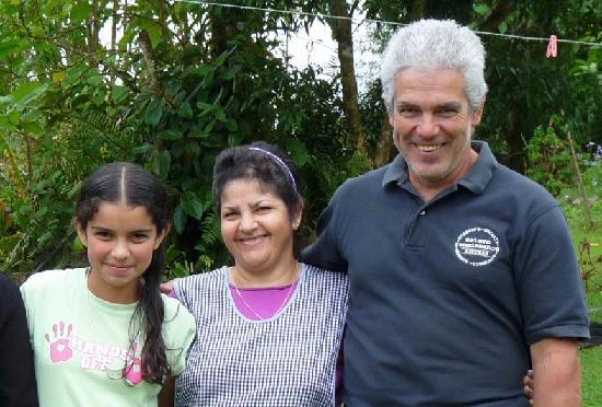 Albergue el Socorro: Your hosts, the Miranda family