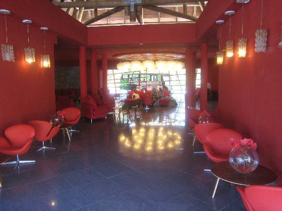 Mornea Hotel : Lobby