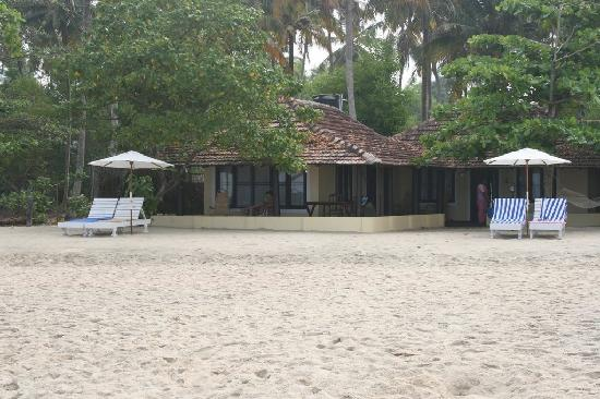 OG's Beach Bungalow: room at the front is the best