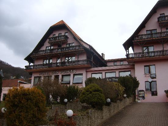 Piscine picture of hotel des vosges klingenthal for Hotel avec piscine vosges