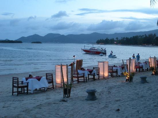 The Briza Beach Resort Samui: Ristorante in spiaggia