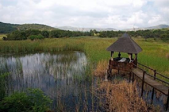 Rustenburg, Zuid-Afrika: One of the outdoor massage huts at the spa at Kedar Hotel