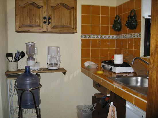 Casa Los Arquitos B&B: Kitchen