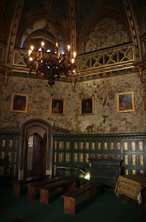Tongwynlais, UK: Castell Coch - interior