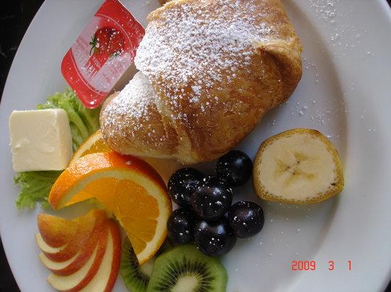 Berlino Wirthaus stresemann: Franzosischer (French) Breakfast