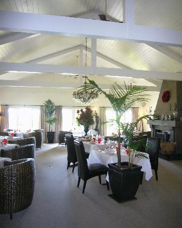 Hans Herzog Estate: Herzog restaurant