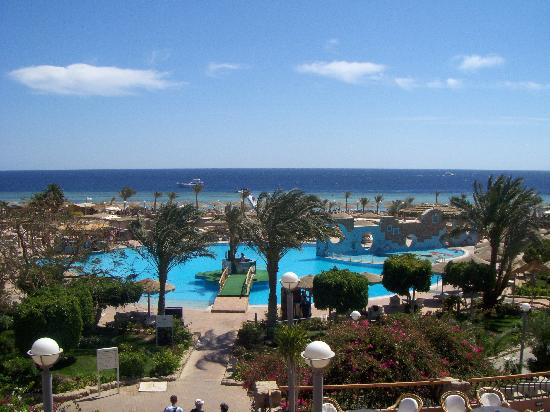 Coral Sea Sensatori - Sharm El Sheikh : View from the top of stairs at rear of hotel