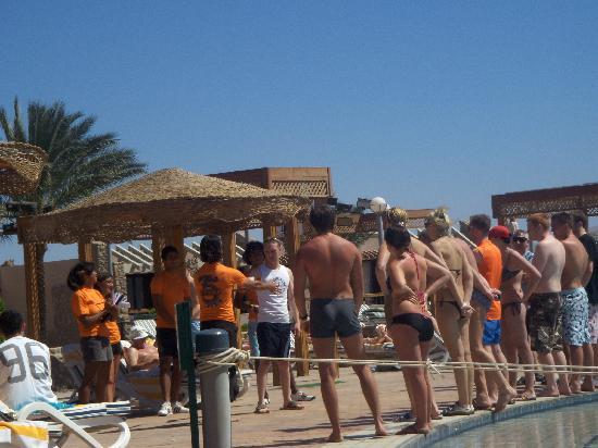 Coral Sea Sensatori - Sharm El Sheikh : Animation team getting people active by the pool