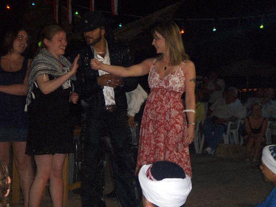 Coral Sea Sensatori - Sharm El Sheikh : Fiona taking part in Magic show