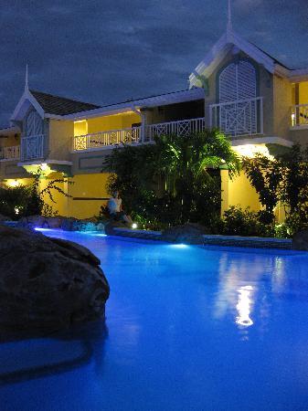 Sandals Royal Caribbean Resort and Private Island : River Pool