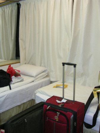 Wing Sing Hotel: Room