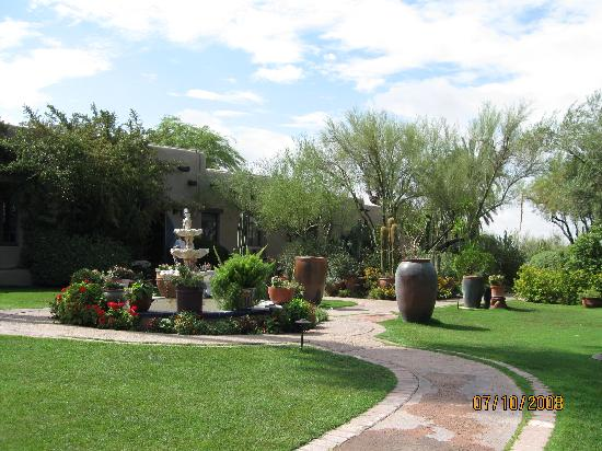 Hacienda Del Sol Guest Ranch Resort: More of the grounds