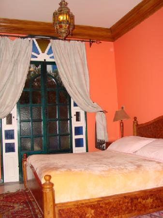 Villa Flora : Bedroom Suite with Terrace