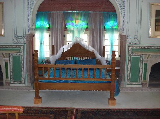 Chomu Palace Hotel: Bedroom of Suite