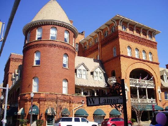 BEST WESTERN PLUS Windsor Hotel Americus: Wait until you see the lobby!