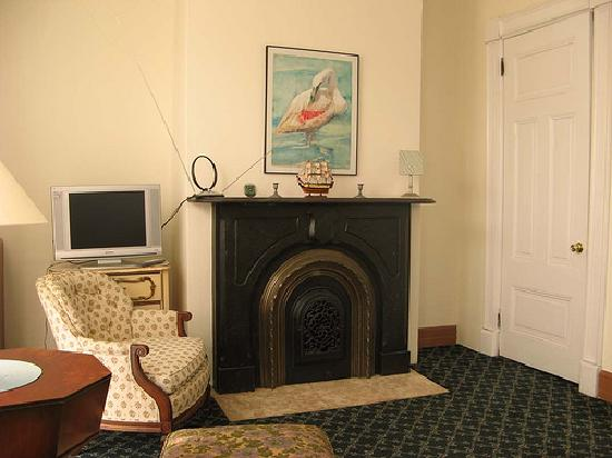 Fort Place Bed & Breakfast: My room (see the authentic Victorian fireplace?)