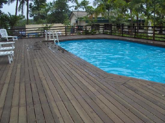 City Beach Resort: Pool