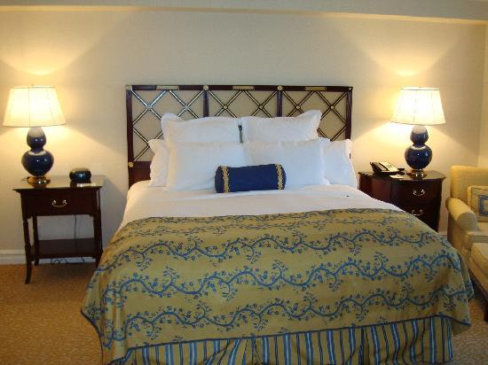 The Ritz-Carlton, Pentagon City: Bedroom