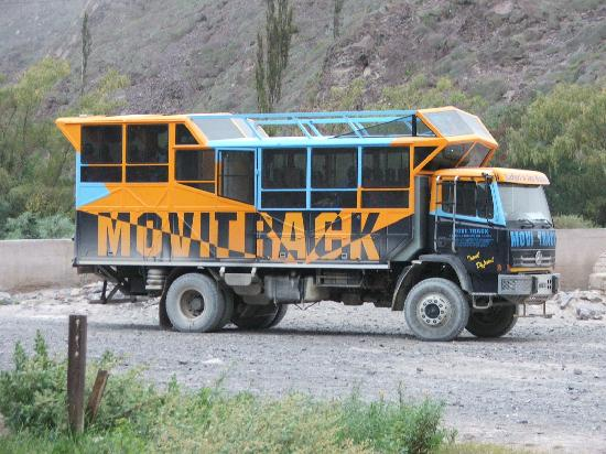 Chile: movitrack truck