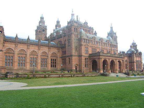 Glasgow, UK : Kelvingrove Art Gallery and Museum
