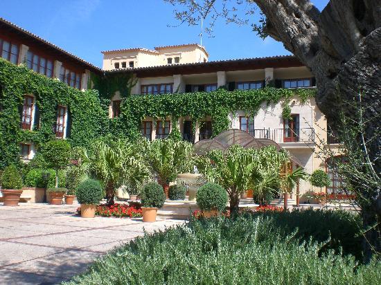 Sheraton Mallorca Arabella Golf Hotel: Eingang Hotel