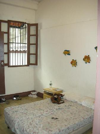 Hospedaje Casco Viejo: Chambre rez de chaussée