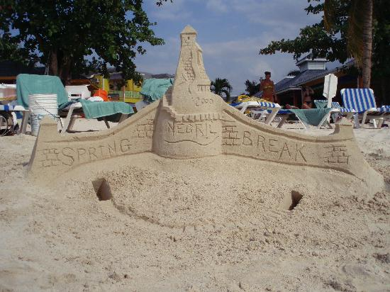 Hidden Paradise Resort Hotel: Sandcastle March Breakers made in front of Grand Pineapple Resort in Negril.