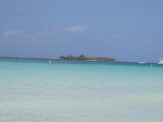 Hidden Paradise Resort Hotel: Booby Cay - great to visit - morning is best because the water is calmer.