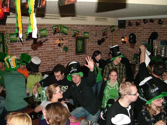 The Irish Pub Fiddler's Green: St.Patricks Day Party