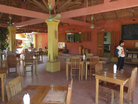 Nam Khan Villas Resort: Resteraunt