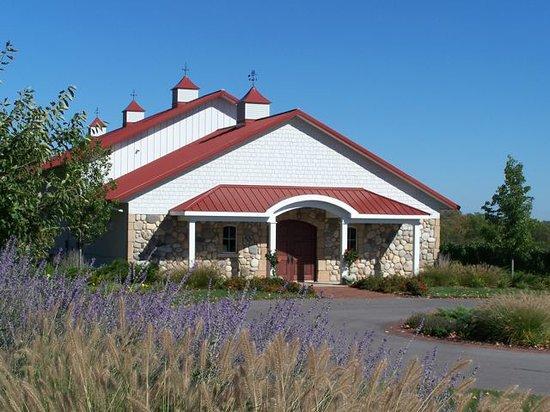 Brys Estate Vineyard & Winery: Brys Estate Winery & Tasting Room