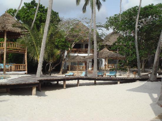 Waterlovers Beach Resort: dal mare